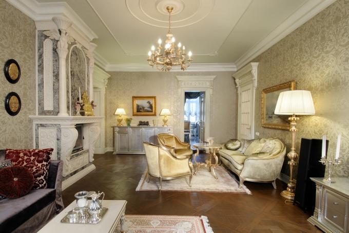классическая гостиная с камином фото