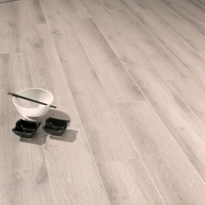 Haro parquet italia renovation devis antony entreprise for Parquet flottant gris reims