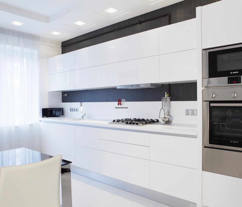 Фото интерьера кухни в белых тонах фото