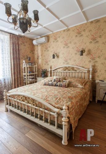 Интерьер классической английской спальни