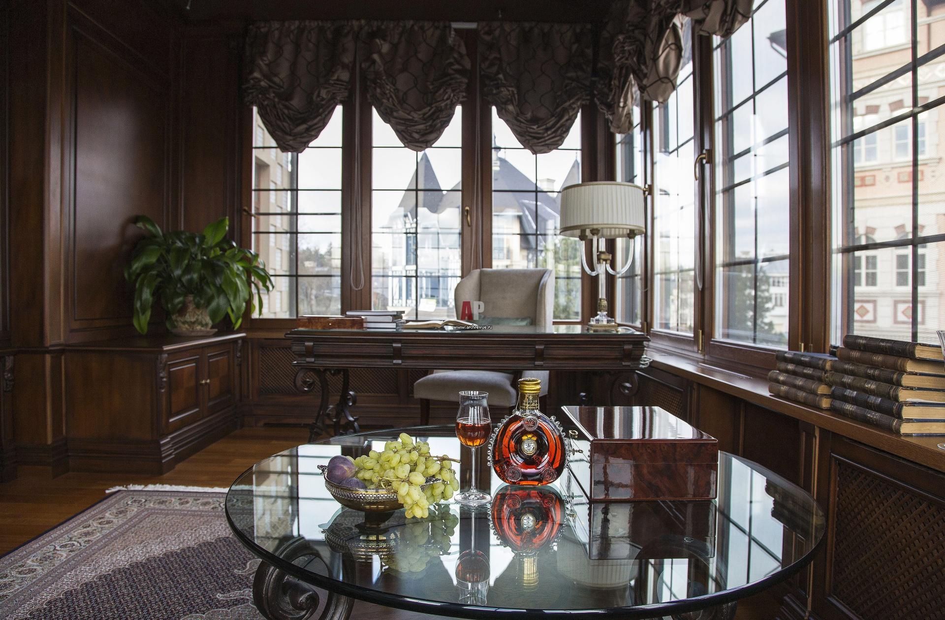 Интерьер кабинета в классическом стиле фото