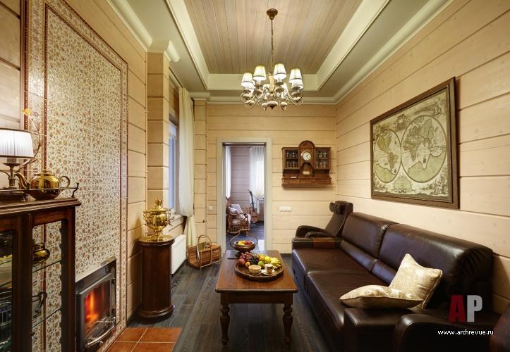 Дизайн кухни-столовой деревянного дома