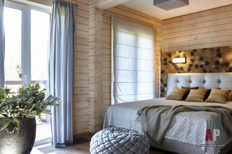 интерьер типового двухэтажного коттеджа из клееного бруса