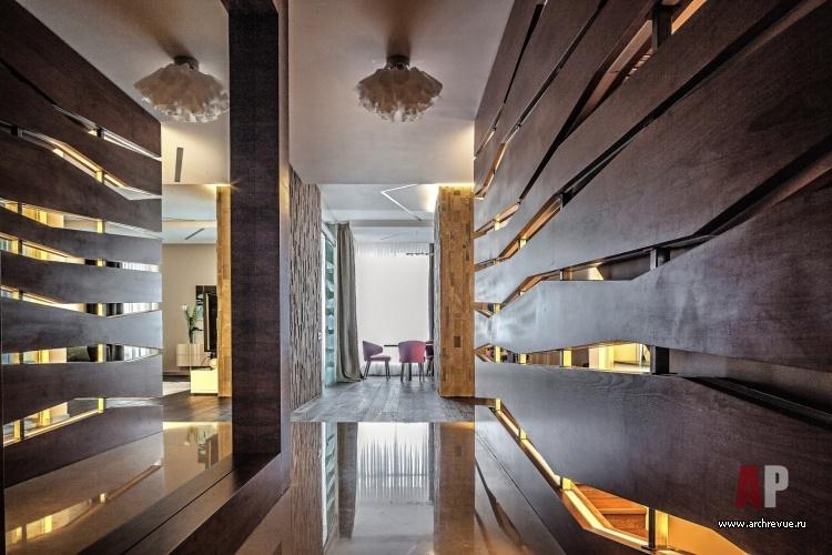 дизайн интерьера дома для постоянного проживания с перегородками из
