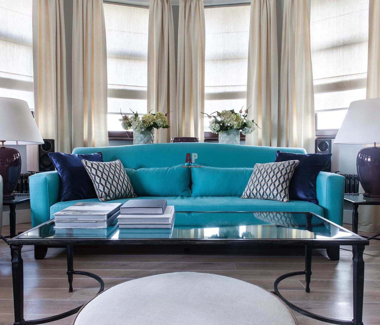 Яркий диван в интерьере фото