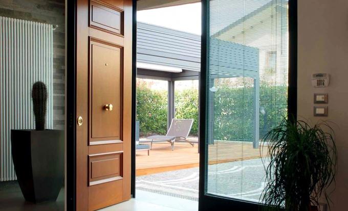 двери входные металлические недорого краснознаменск эконом с доставкой