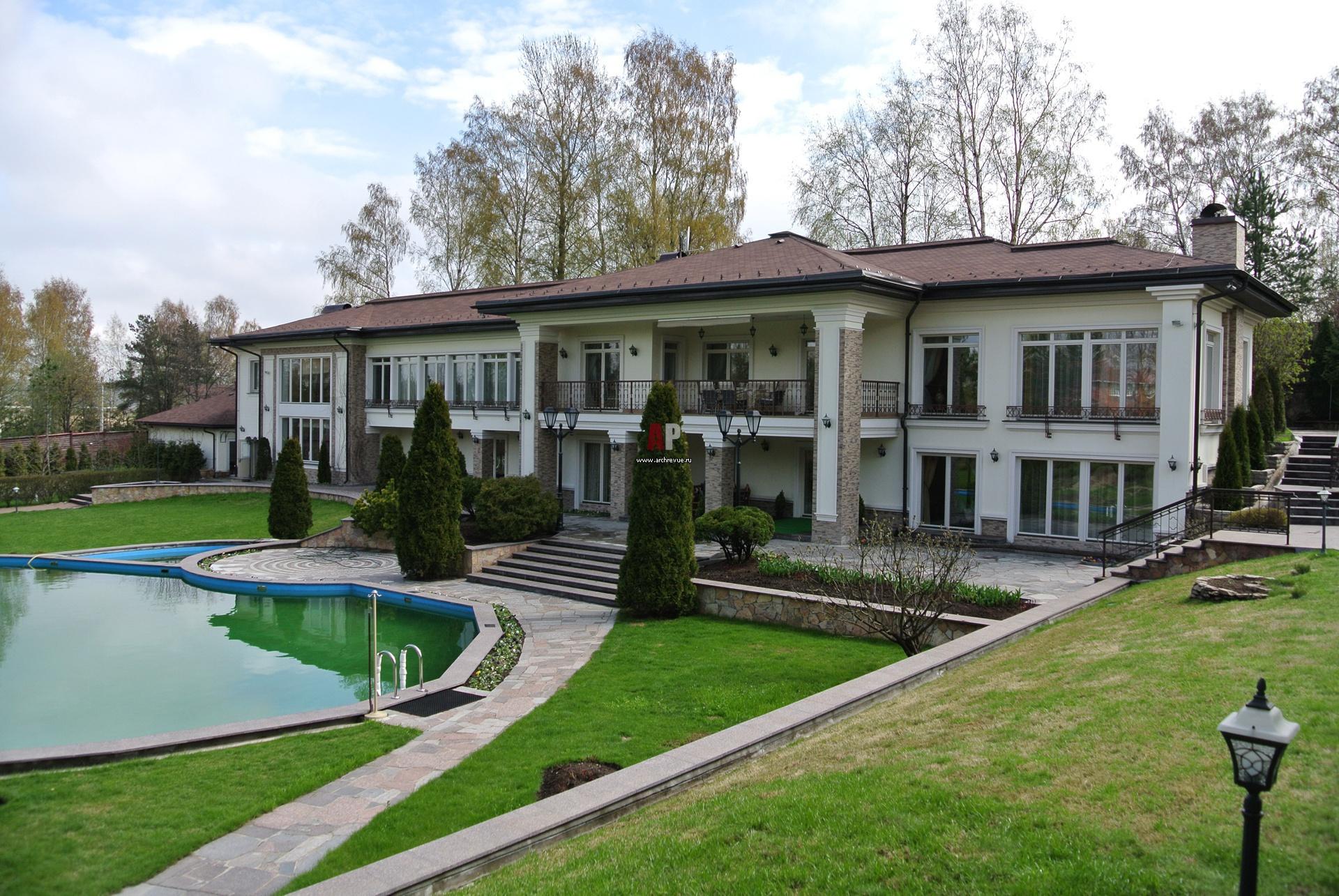 Дизайн фасада двухэтажного дома