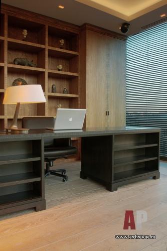 Дизайн в гостиной в коричнево-бежевых тонах