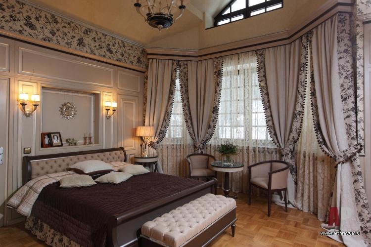Фото интерьера спальни трехэтажного