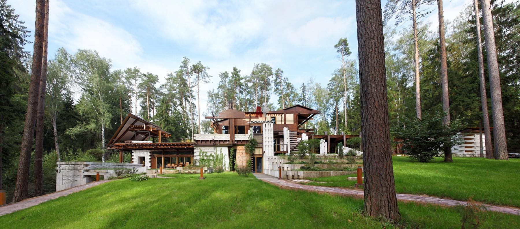Фото фасада загородного дома в стиле