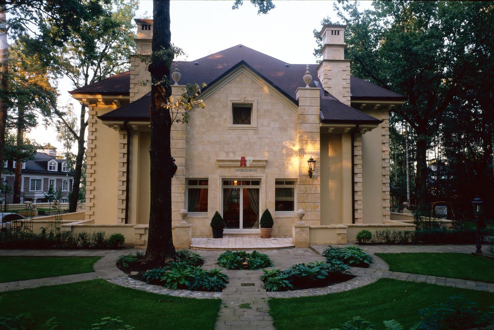 Жилой дом интерьер