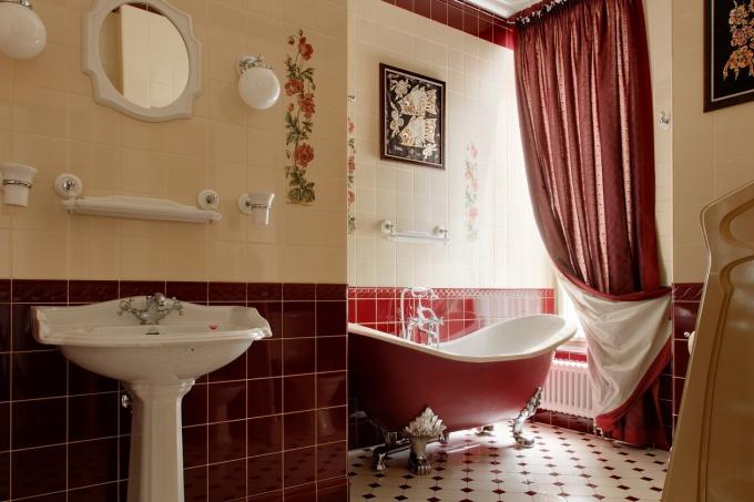 телефоны, часы интерьер мебели в ванной в бордовом цвете далее Зачастую