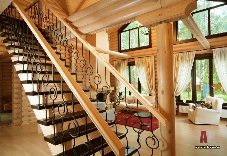 Интерьер лестницы в доме фото 1