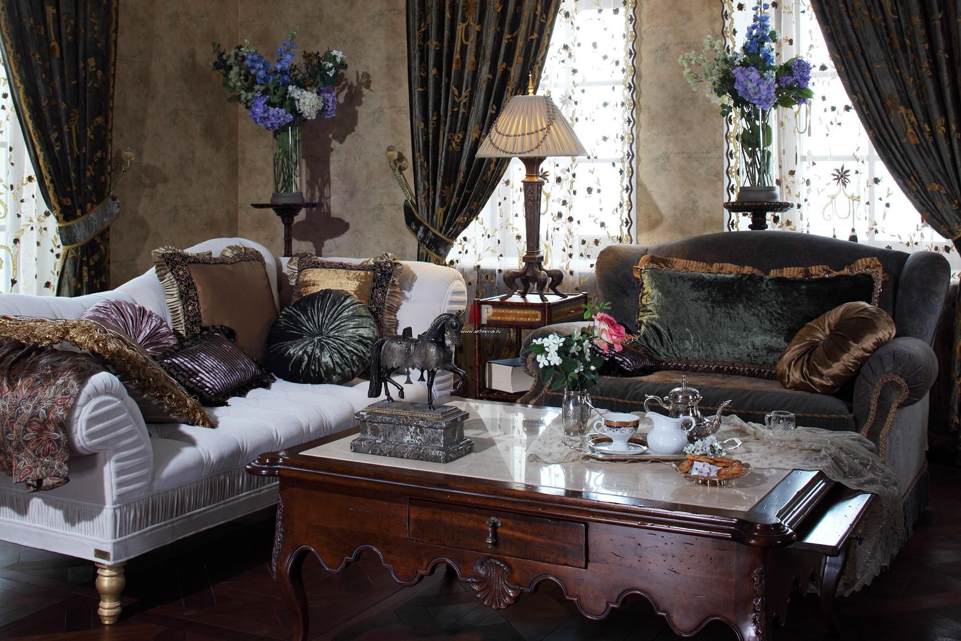 какие потолки во дворце у пугачевой фото тип