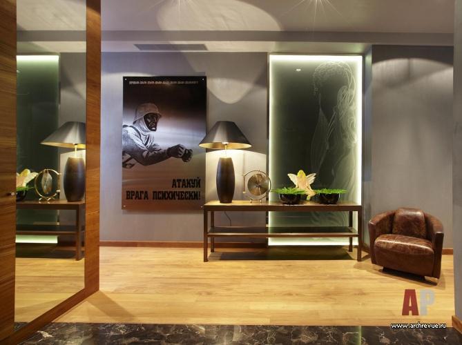Фото интерьера холла квартиры в современном стиле.